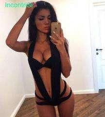 Mery italiana reale 26 anni se vuoi puoi guardami in webcam prima di venire a trovarmi